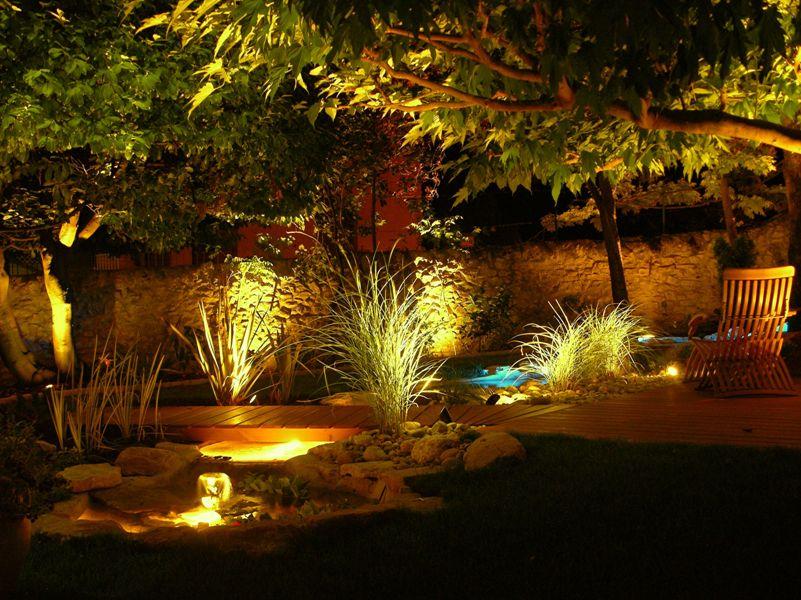 Comment bien am nager son jardin pour profiter pleinement for Eclairage exterieur jardin et maison