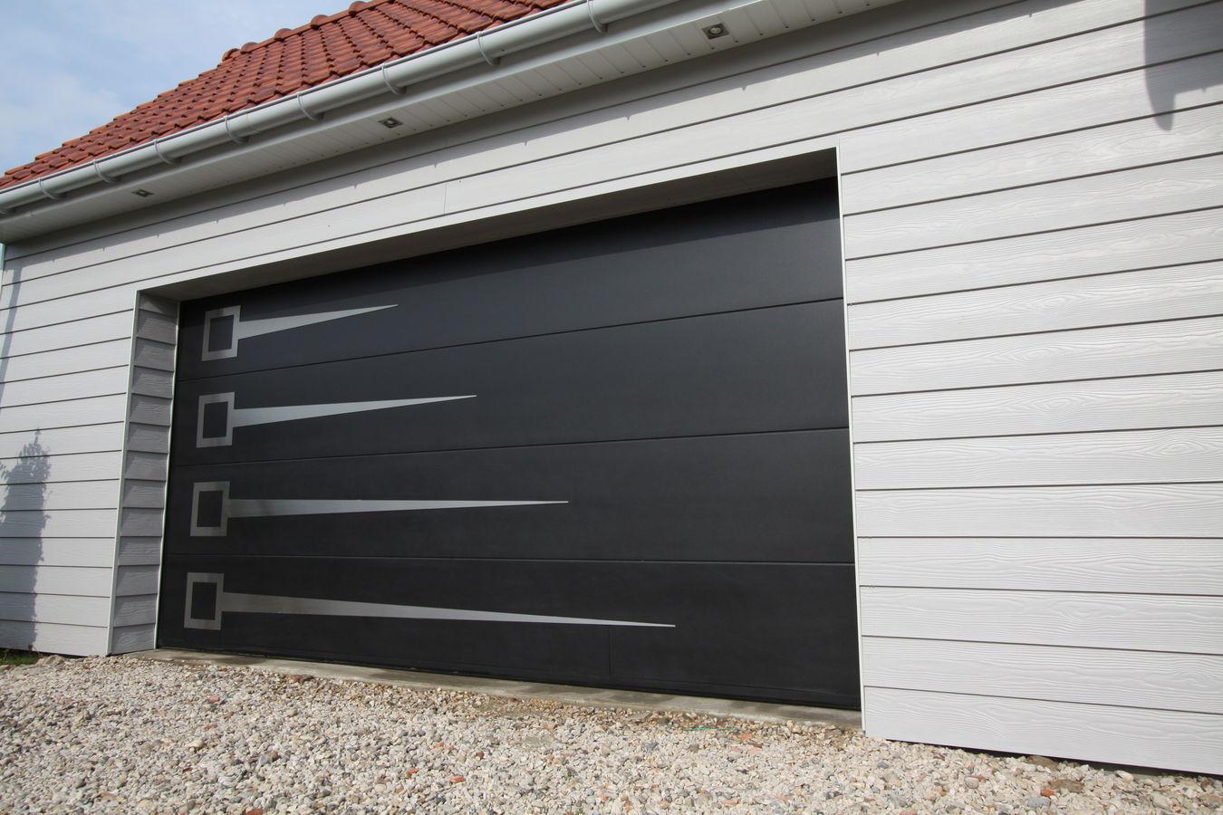 route occasion porte de garage sectionnelle electrique. Black Bedroom Furniture Sets. Home Design Ideas